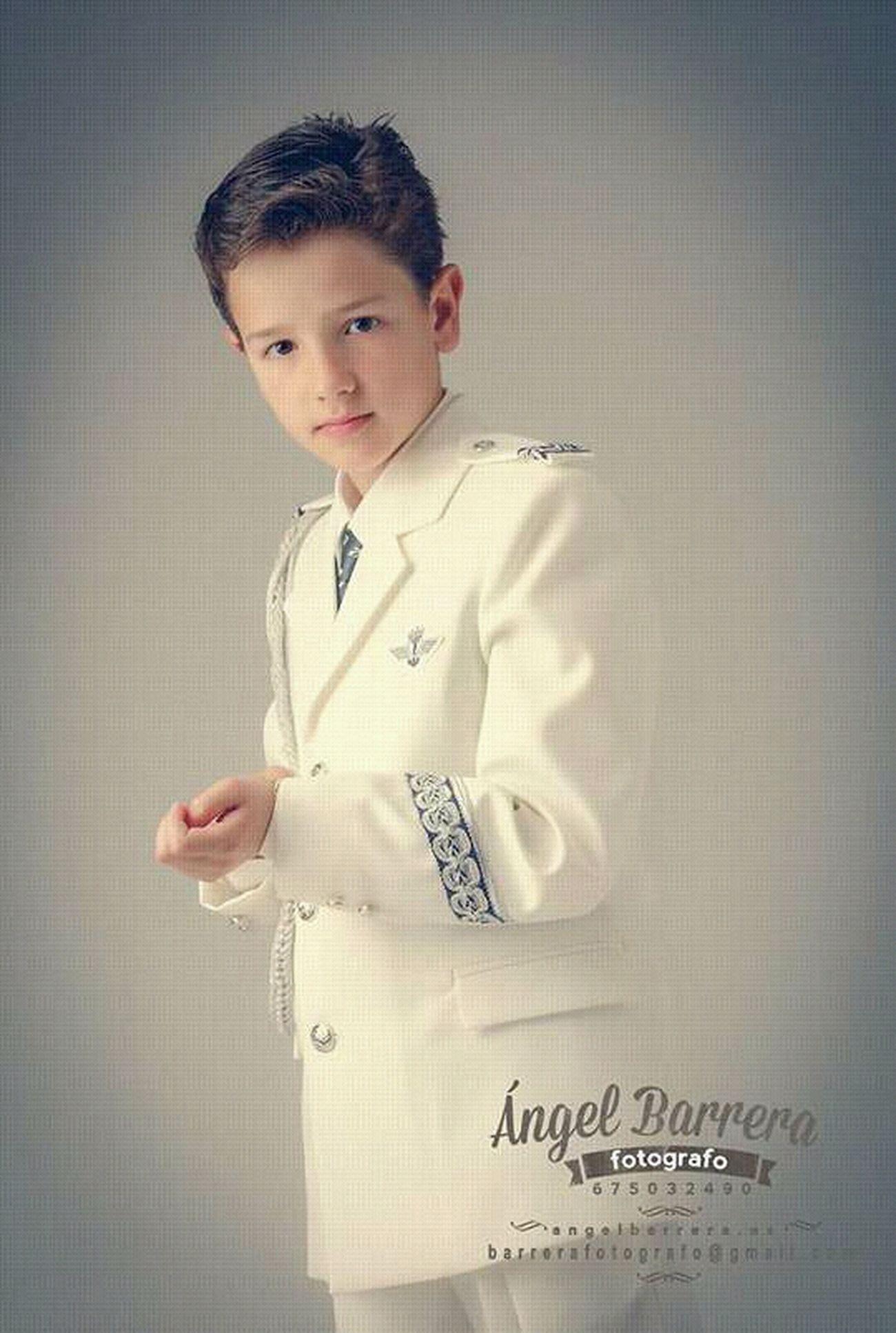 David Comunion Estudio Fotografía Infantil Fotografía De Estudio Retrato
