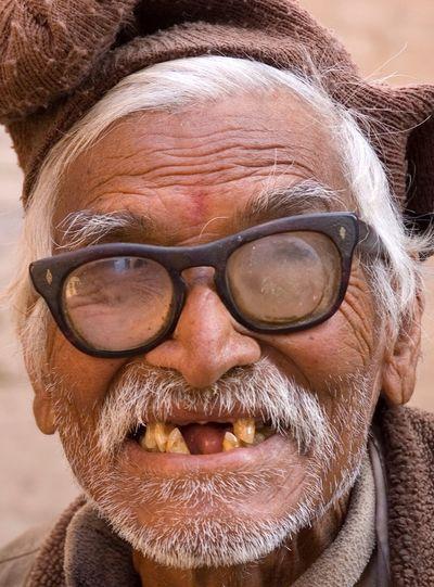 The Portraitist - 2016 EyeEm Awards Portrait Photography Portrait Men Portrait Of A Man  Homme Lunettes Glasses Theeth