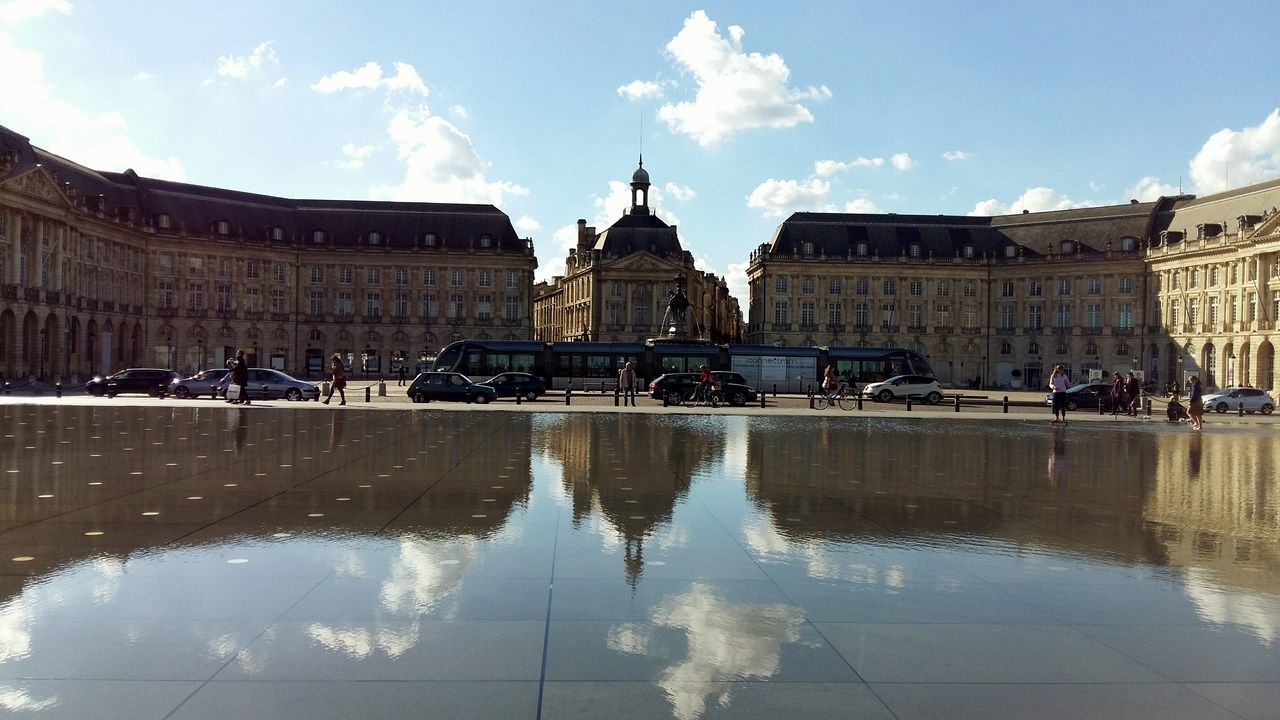 Bordeaux Place De La Bourse Miroir D'eau Reflection Water Water Reflections Architecture Outdoors Symetry Sky Cloud - Sky Travel Destinations History No People France Best Touristic Place My Year My View Traveling Home For The Holidays Adapted To The City