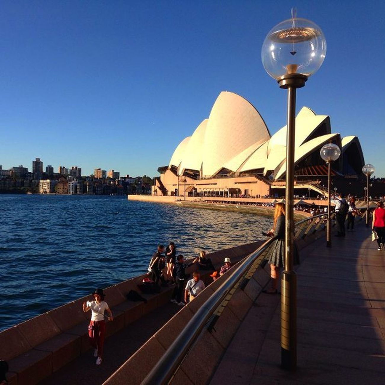 Ну хоть где-то солнечно... фотография от друга который уехалжитьв Австралию мечты дальниестраны хотьоднимглазком города  страны путешествия Сидней театроперы Country City Australia Sidney Dreams Travel Photo Friend