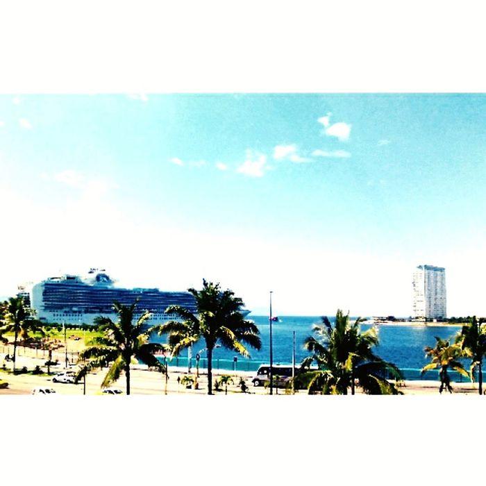 Hermoaa vista en el puerto de la marina :*