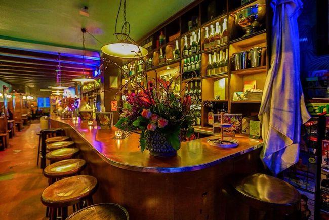 Bar Hamburg Enjoying Life