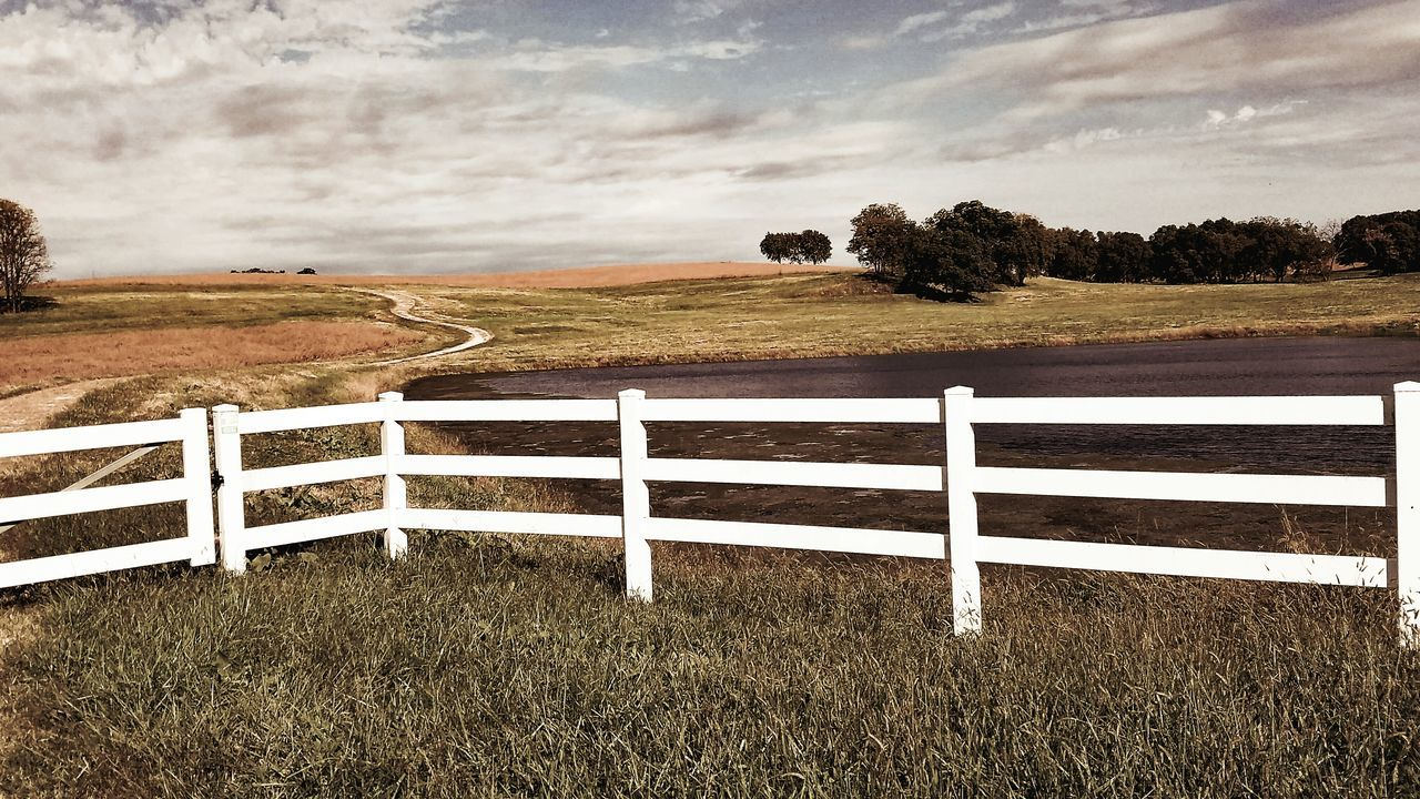 Turn, turn, turn Grass Field Landscape Landscapes Tranquil Scene Fence Tranquility Tree Rural Scene Sky Scenics Remote Grassy Non-urban Scene Solitude Pasture Beauty In Nature Meadow Cloud - Sky Eye4photography  Autumn No People Samsung Galaxy S7 Edge Country Road Contemplation