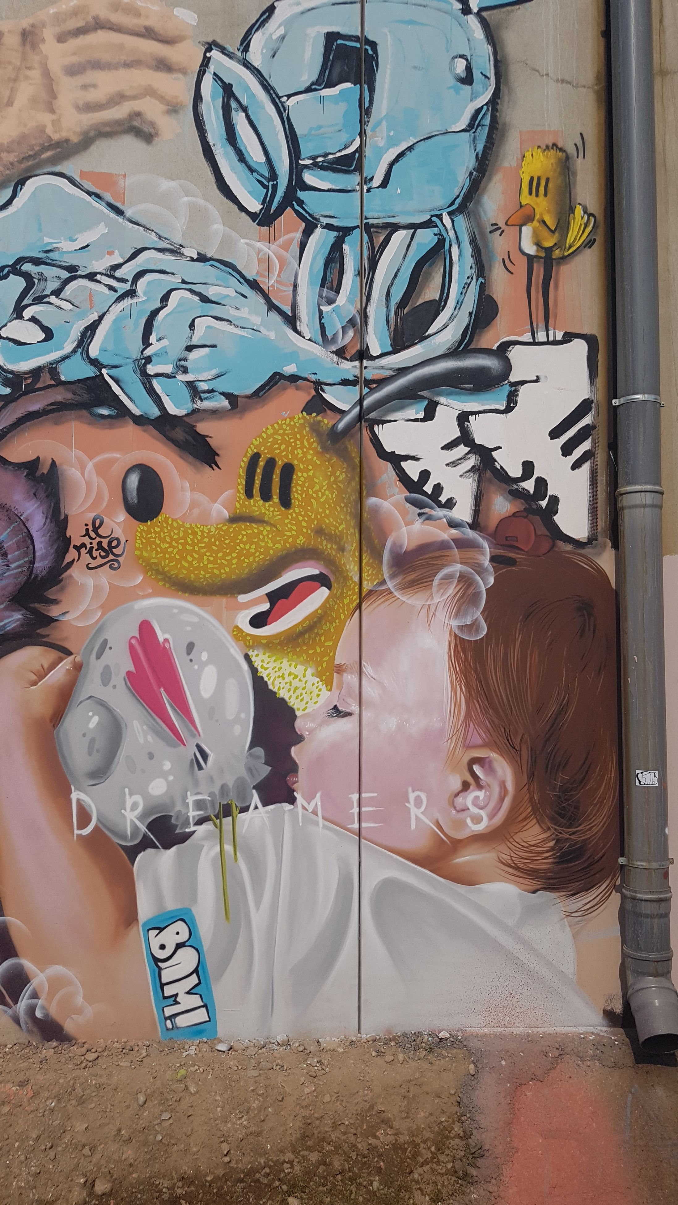 multi colored, spray paint, people, adults only, adult, artist, young adult, close-up, day, outdoors