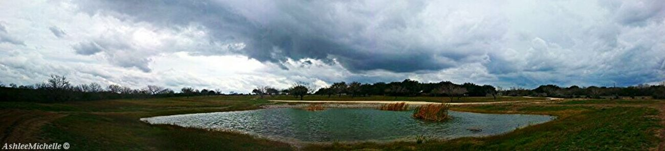 Before the storm rolled in. Amateur Photography Backyard Texas Landscape Myhomeawayfromhome