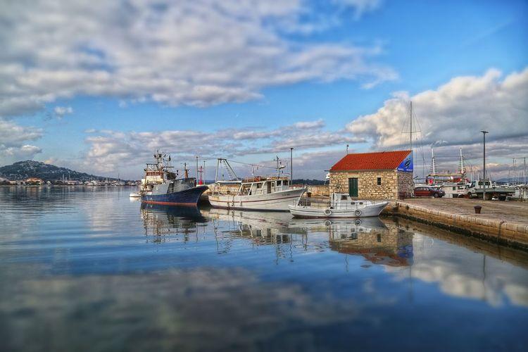 Water Nautical Vessel Sky Reflection Cloud - Sky Outdoors Lake