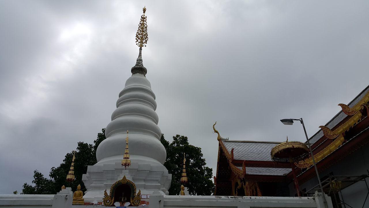 Architecture Religion Travel Destinations Spirituality No People Sky Outdoors Buddisttemple Buddist Monastery Building Exterior Temple Architecture วัดพระธาตุดอยเล็ง