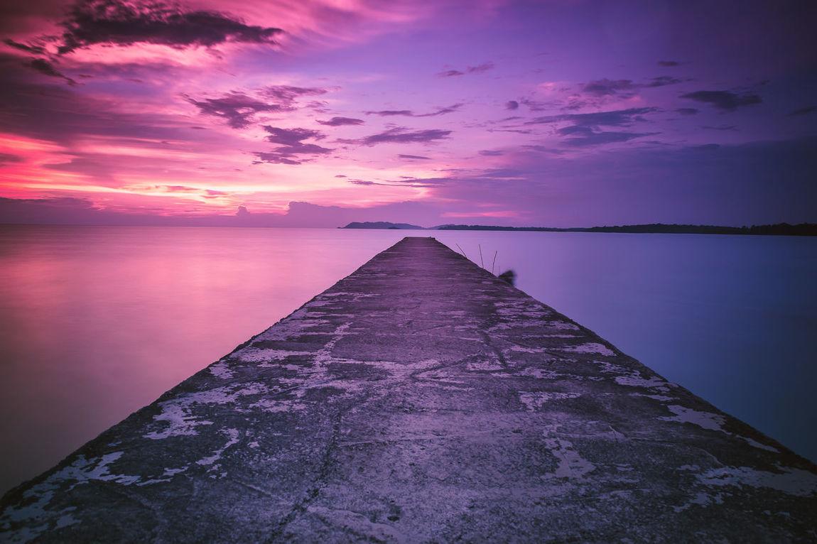Reflection Sunset Sky Purple Dramatic Sky Cloud - Sky No People Nature Horizon Over Water Day Romantic Sky