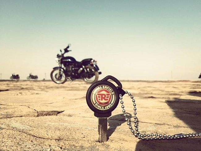 Photography Royalenfield Royalenfieldbeasts Bulletters Royalrider Brcpune Photography Bikesphotography Bikestagram RannOfKutch Keys Filters
