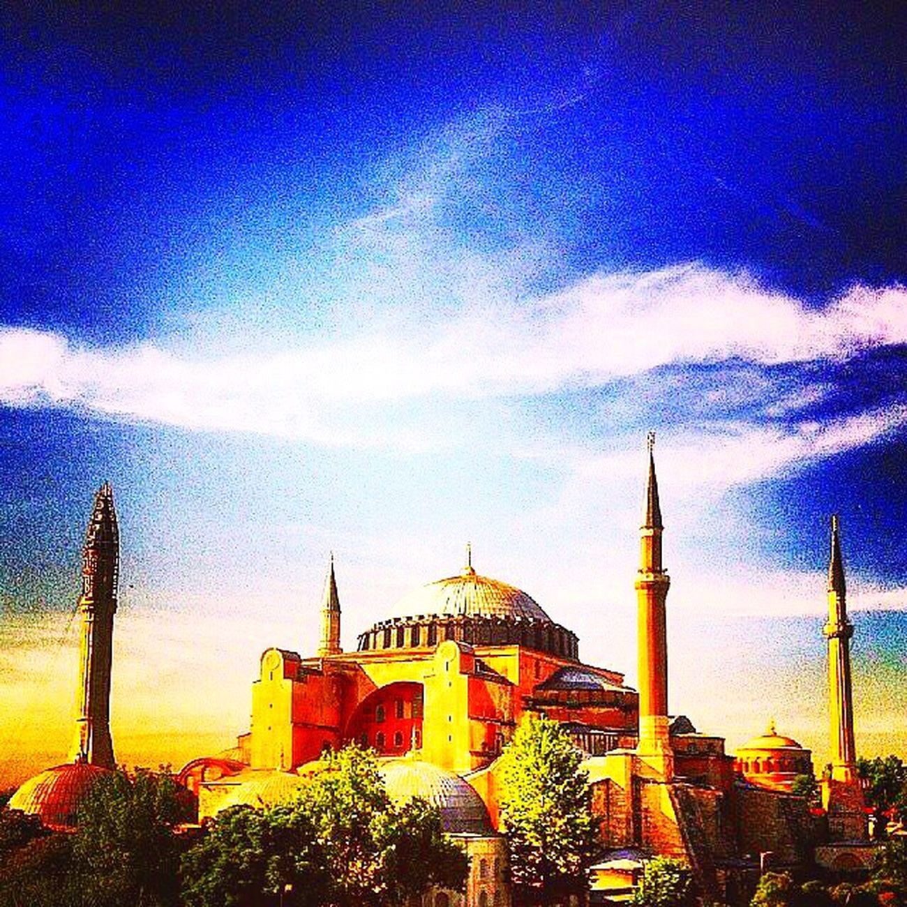 Architecture Sky Travel Destinations Cloud - Sky Place Of Worship Scenics Monument Historical Monuments History Ancient Mosque Hagiasophia  Ayasofya Clouds And Sky Cloudscape Skyporn Awesome Magnificent Museum