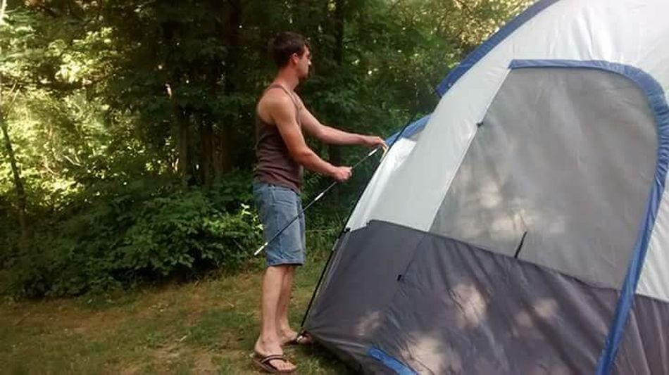 camping 2016 sleepy hollow Adults Only One Man Only One Person Summer Only Men Outdoors Environmental Conservation Car Young Adult One Young Man Only Enjoyment Adult Day Full Length Vacations People Smiling Men Tree