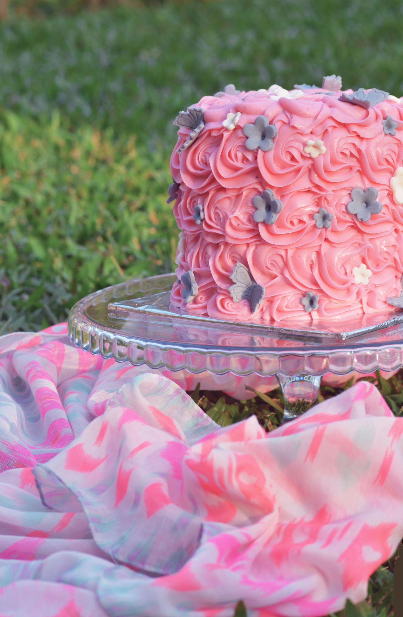Baby Girl Cake Cake For Shoot Celebration Close-up Day Decorative Cakes Delicious EyeEmNewHere Flower Food Freshness Garden Innocent Naive No People Outdoors Picnic Pink Pink Color Ready-to-eat The Week On Eyem Welcomeweekly