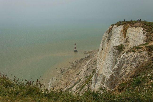 Beachy Head Beachyhead England🇬🇧 England Cliff Cliffs Cliff View Clifftop Lighthousephotography Lighthouse_lovers Lighthouse Lighthouseview Sea And Sky Seaside Sea View Seaview Sea Hello World
