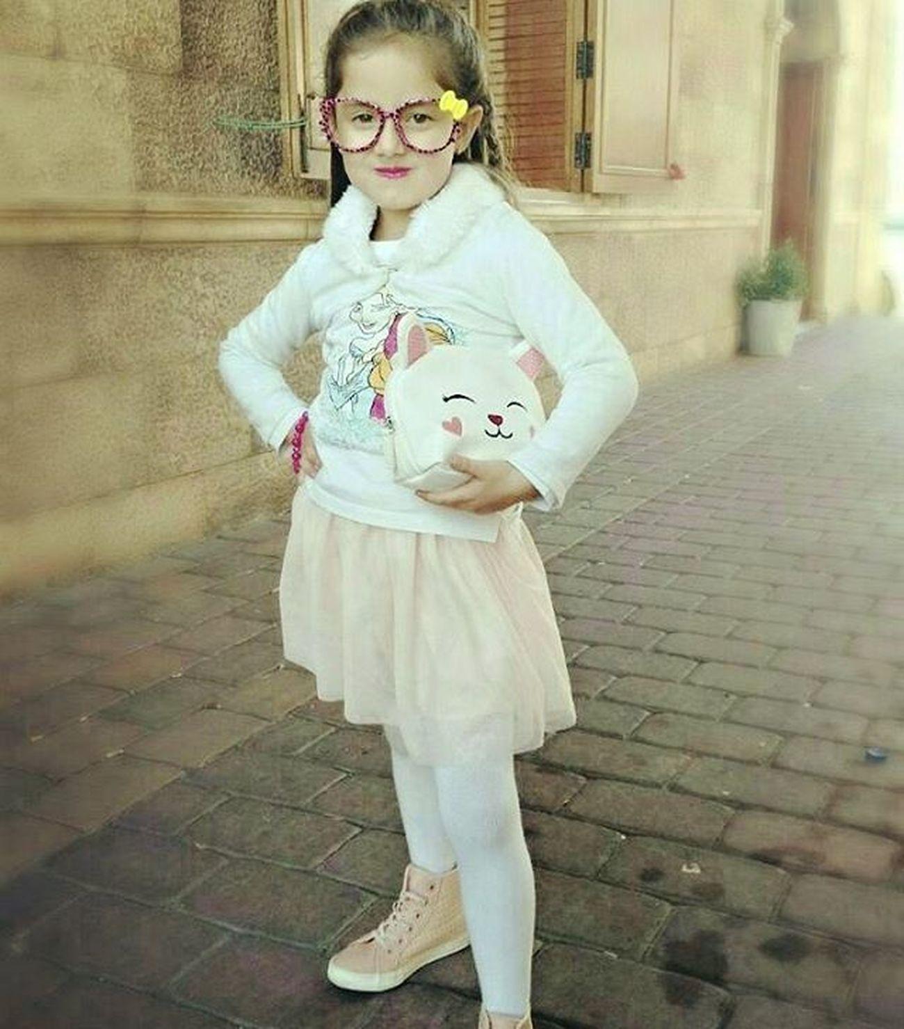I love mi shoes!!! 💙👡💜 Hello Baby Love Rabbit Rabbits Rabbitstagram Pink Pinkbeba Cute Socute Beautifle Girl Beautifulgirl Cutegirl Kid Fashionkids Cutekid Lookday Lookoftheday Style Stylekid Stylegirl Hair Hairstyle White glasses fashionglasses likeme followme skirt