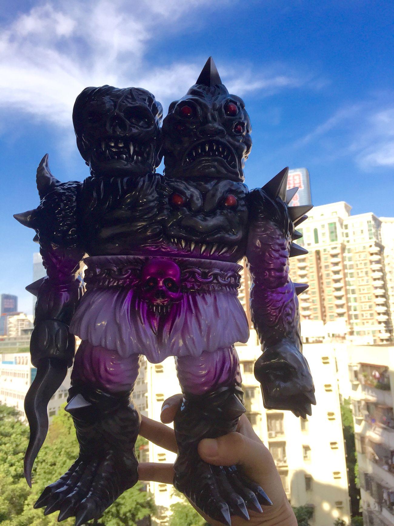 Happy mailday.Krawluss rocks. Sofubi Kaiju Toys Skull MVH
