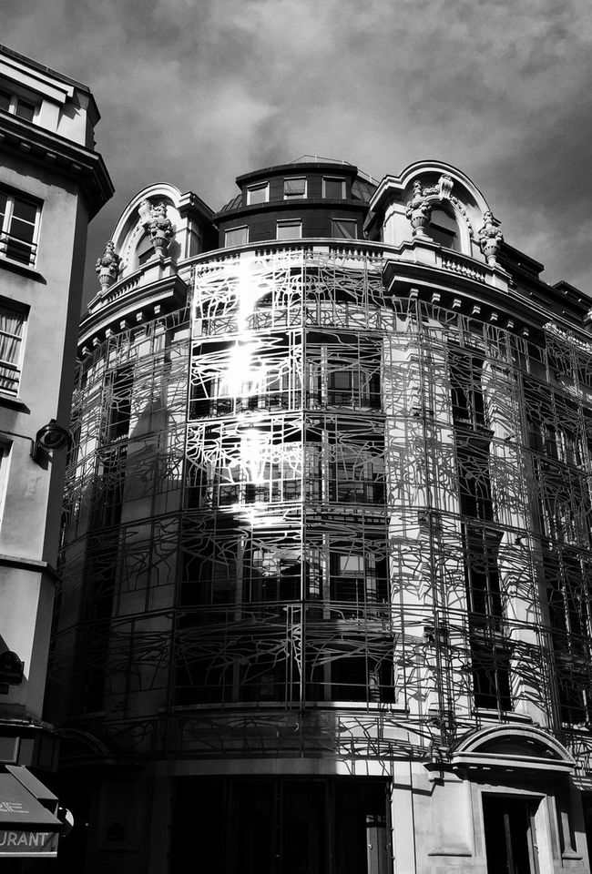 Paris Black & White IPhoneography Architectural Detail