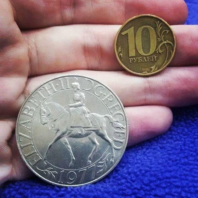 для сравнения размера монета коллекции Elizabeth