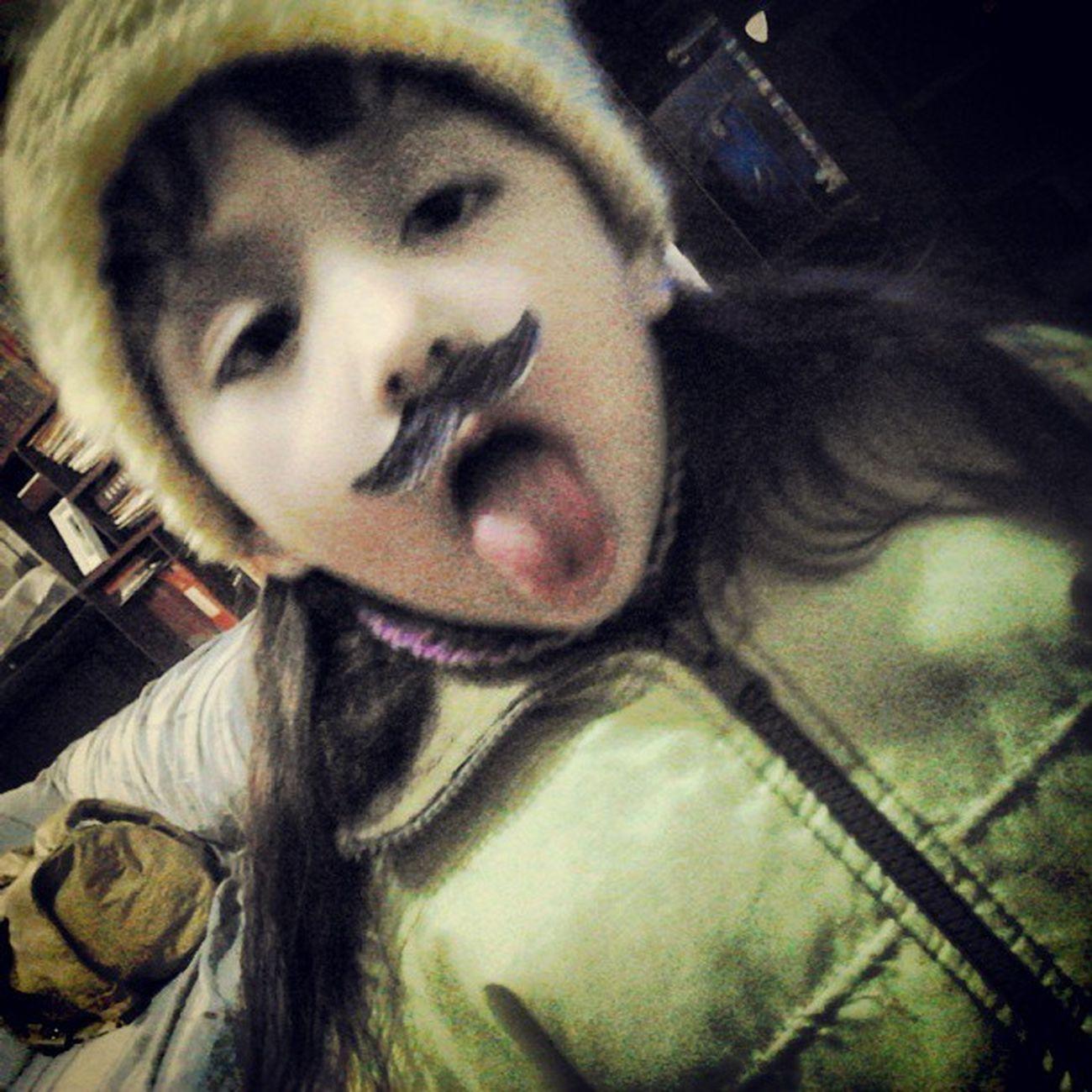 Mi sobrina es un amor <3! Mostachos Mostacho Bigote Bigotes Beautiful Beba Love Yellow xoxo InstaGood Good Instaphoto Photography PicOfTheDay
