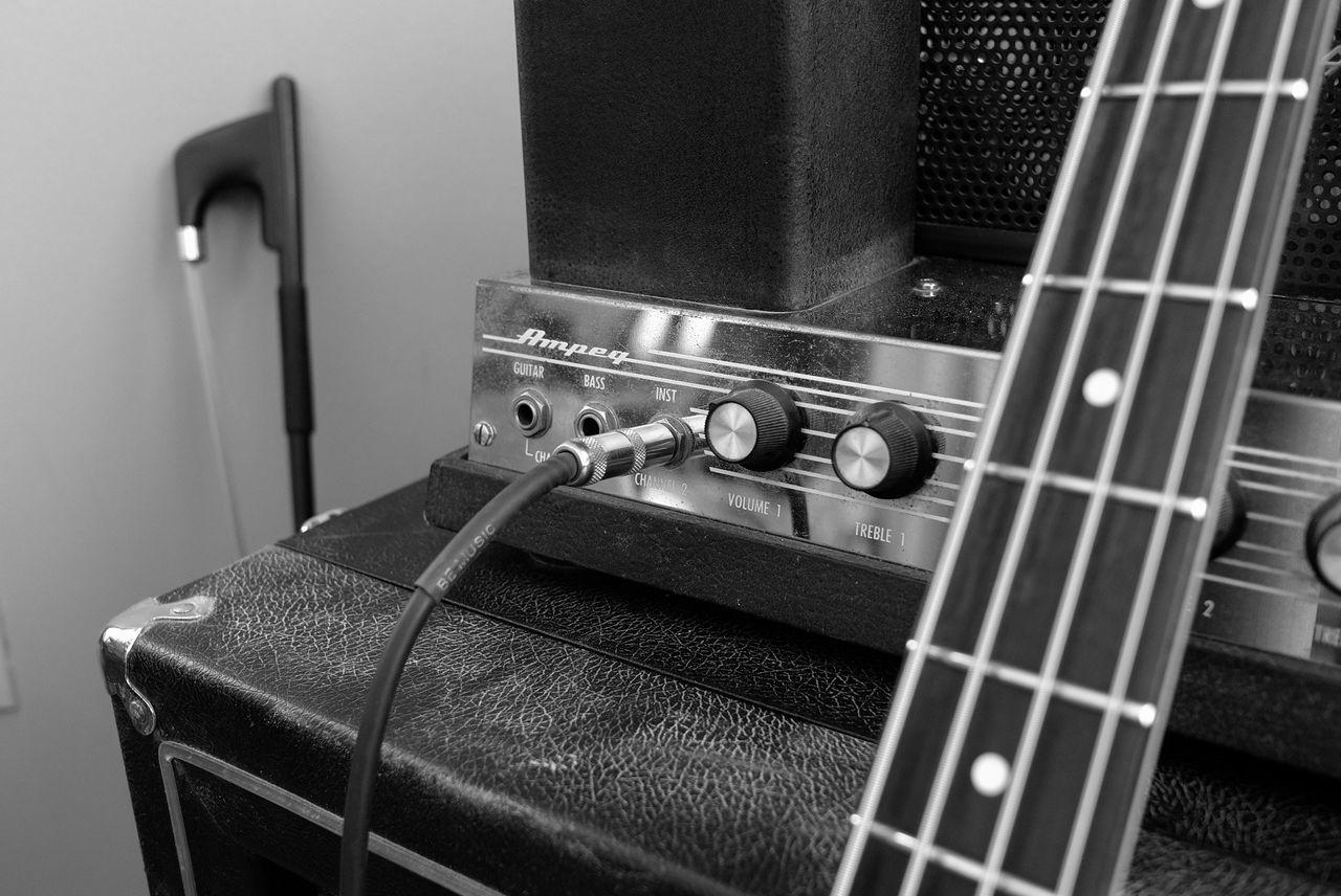 Ampeg  Ampeg Sv Ampeg Svt Bass Amplifier Bass Guitar Bass Player Leicacamera Music Gear Tube Ampl Valve Amp
