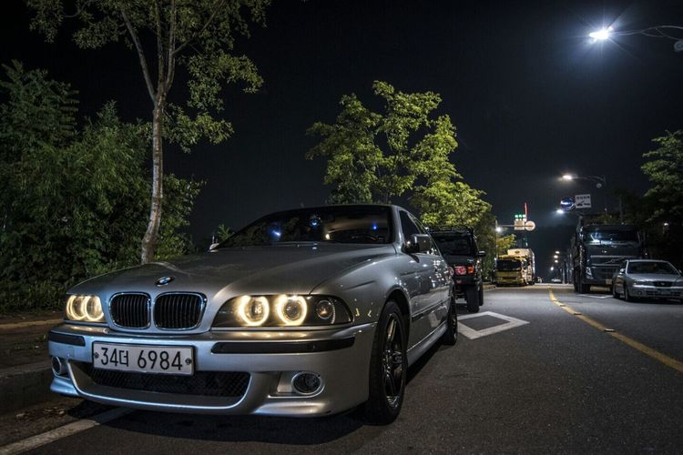 Car Land Vehicle Transportation Illuminated Mode Of Transport Road Night Tree Bmw 530IS Nikon D5500 On The Move Street Vehicle Stationary Tail Light Parked Green Color Outdoors City Life Diminishing Perspective No People