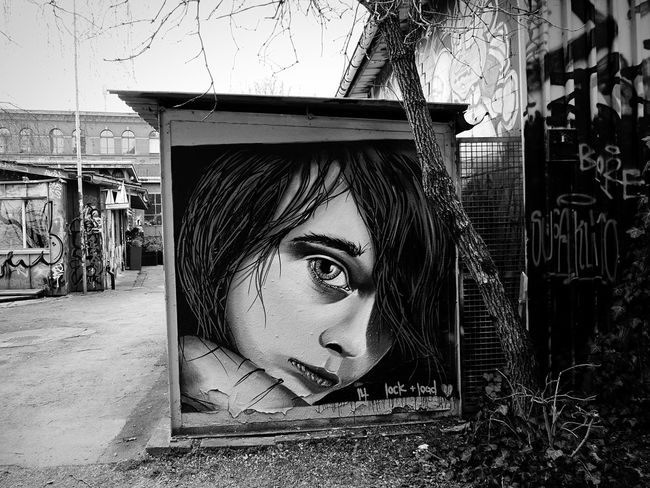 Street Transcience Urban Landscape EyeEm Best Shots Black And White Bw_collection Rote Fabrik EyeEm Bnw EyeEm Best Shots - Black + White Graffiti