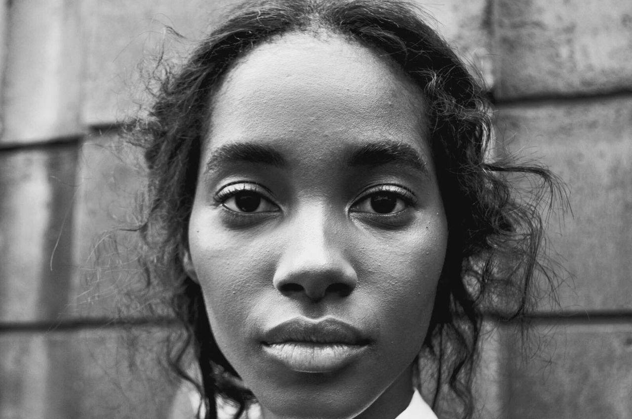 Woman Model Looking At Camera Young Adult Portrait Young Women Headshot People Face Looking At Camera Mode Fashion Fashionweek Bnw