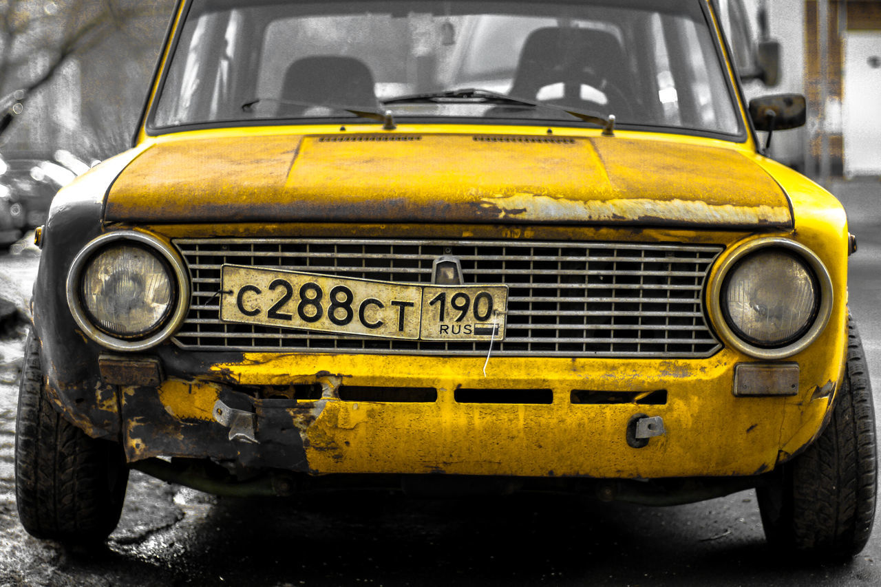 yellow, transportation, car, headlight, old-fashioned, land vehicle, mode of transport, outdoors, front view, day, retro styled, no people, vintage, close-up