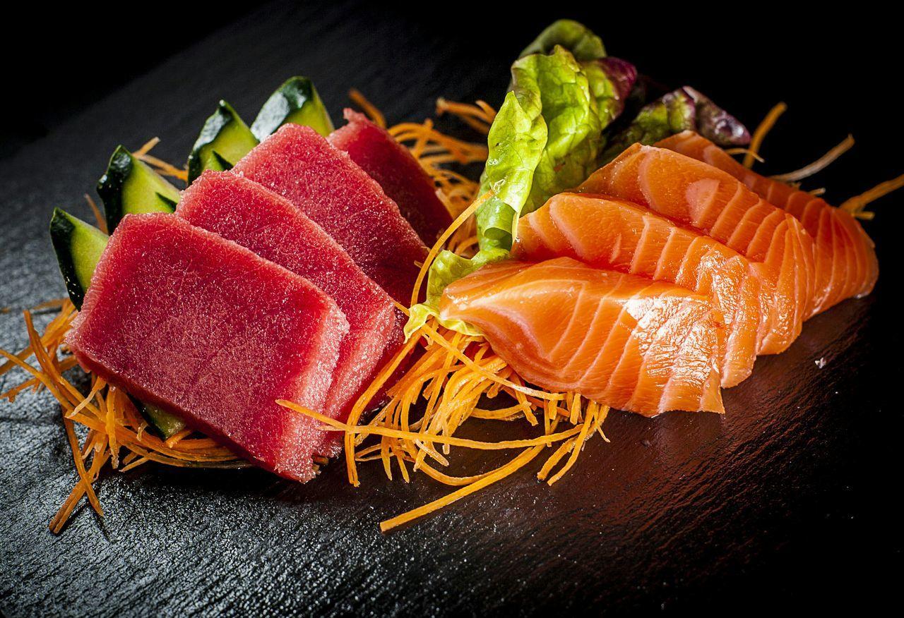 Sashimi Dish Sashimi Platter Japanese Food Foodpics SalmonLove Tuna Food Photography Salmon Sushi Tuna Sushi Freshness Food And Drink Healthy Eating Sushi Food