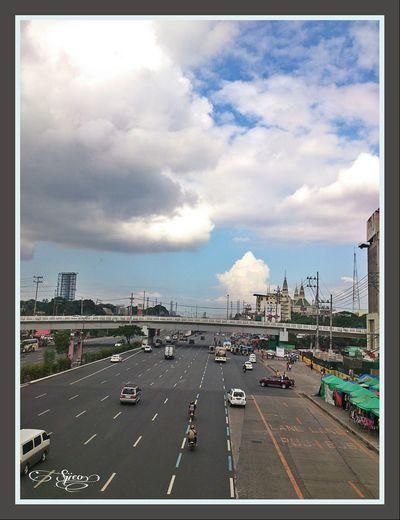Taking Photos Sony Xperia Morning Sky Pinoystreetphoto @commonwealthavenue @eyeemphilippines