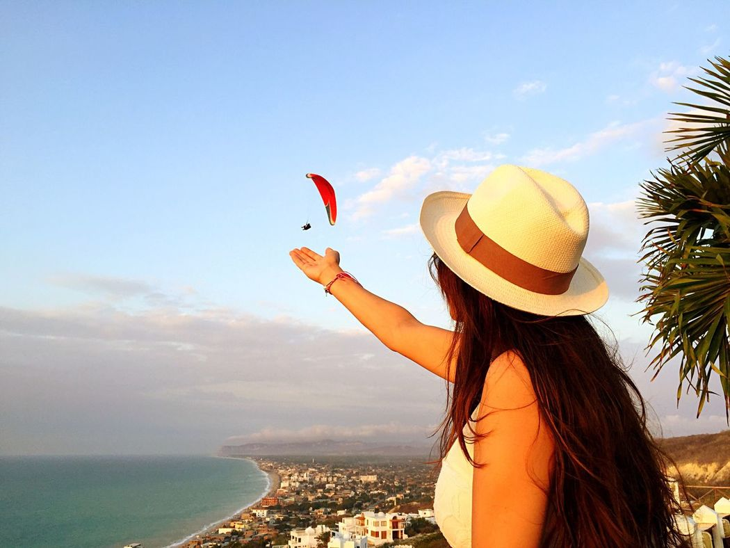 My Beautiful Wife My Love❤ Parapente Beautifil Landscapes Añonuevo Crucita Ecuador♥ Pregnant Beauty MY BEAUTIFUL WIFE ❤ Amazing View Beach Time (null) Beach View Best Spot (null) Sunset_collection (null) Panama Hat