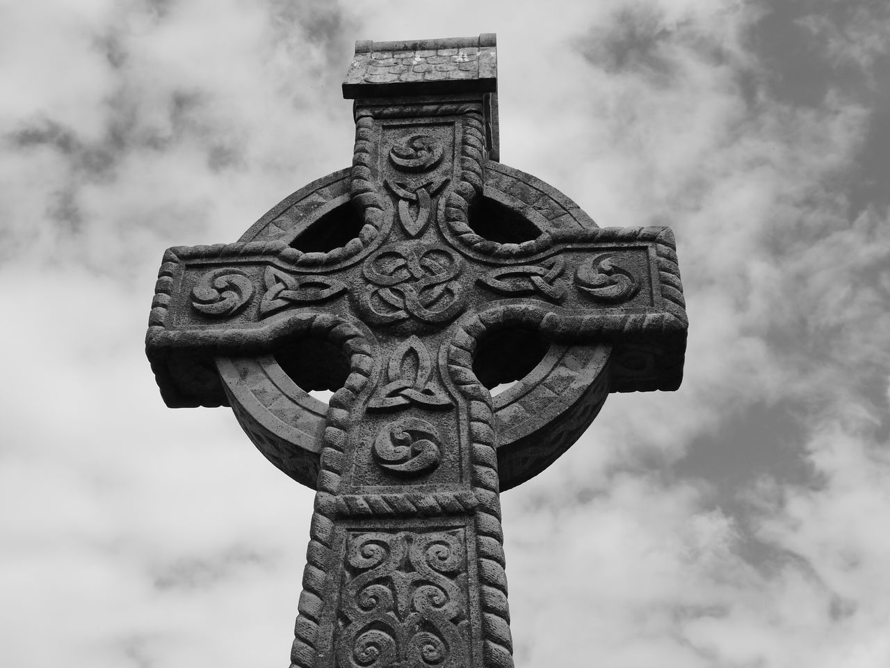 Cashel Celtic Cross Churches Ireland Ireland🍀 Monestary Round Tower Ruins