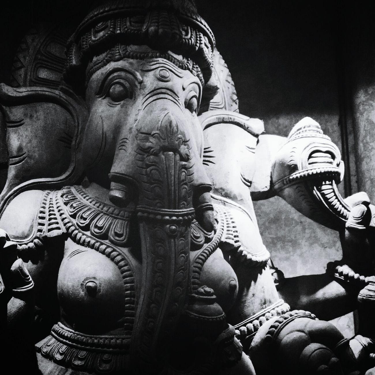 Ganesha Ganesh India Deity Sculpture Statue Elephant