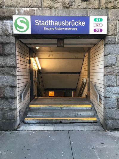 S-Bahn Stadthausbrücke Wanderlust
