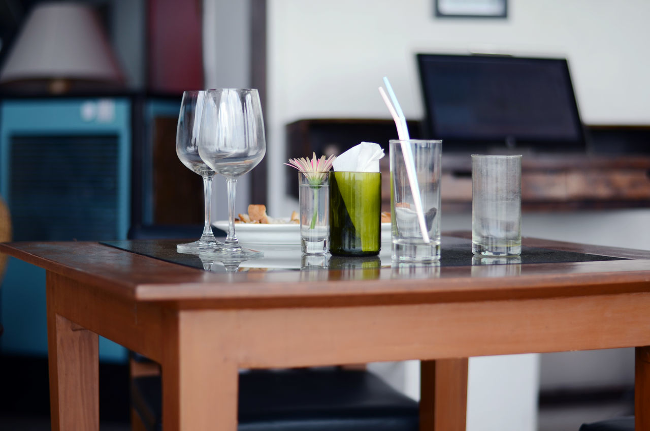 Beautiful stock photos of wein, Drinking Glass, Drinking Straw, Empty, Flower