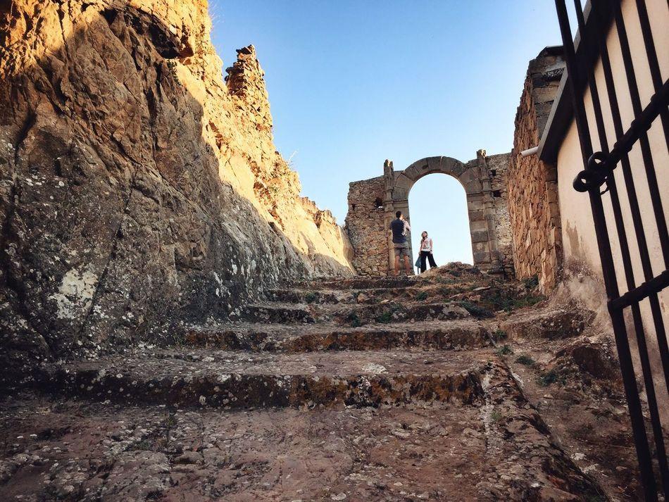 Cesarò Castle - Sicily Hello World Relaxing Taking Photos Cesarò-nebrodi Siciliabedda Sicily Sicilia Summertime Castle Castles Castle Ruin Ruin Ruins Ancient Ancient Architecture Ancient Ruins