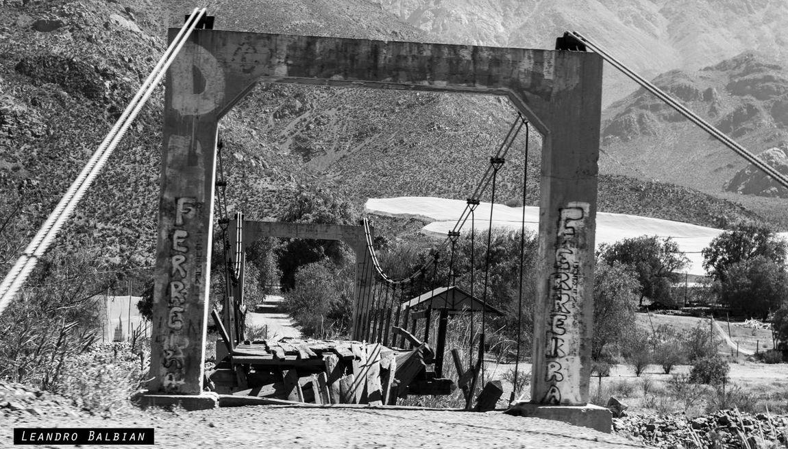 Blackandwhite Bridge Destroyed Destrucción Puente Rocks And Water Travel Walk