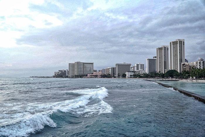 Waikiki Beach Blue Wave