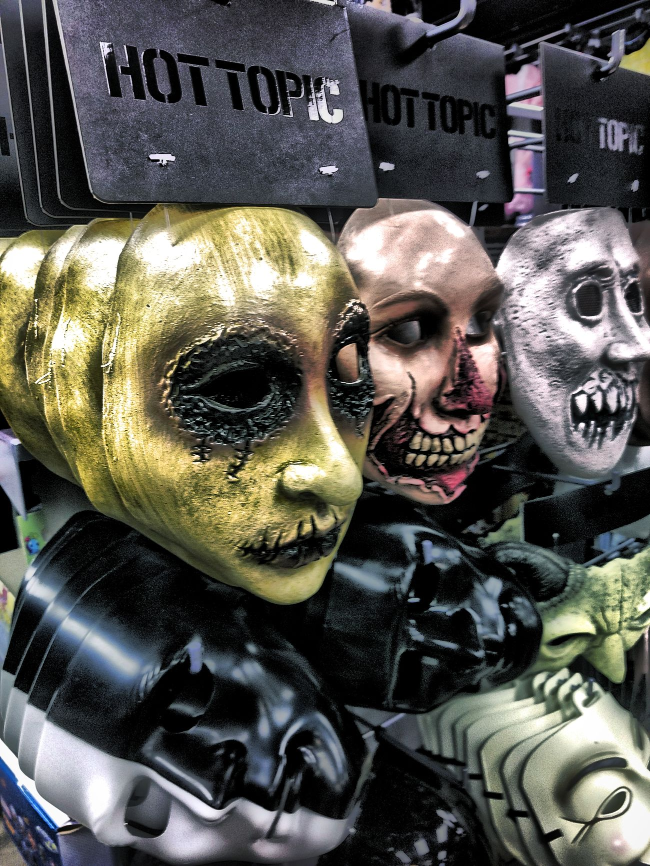 Wall of Faces. Man Made Object Close-up Urbanphotography Hdr_lovers Texas!!!! HDR Streetphotography City Life Vibrant Color Hdr_captures Mask_collection Mask_collection Masked Hot Topic