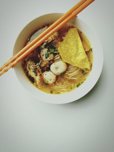 Bowl White Background Soup Food No People Chopsticks Ready-to-eat Indoors  Hot Noodles Spicy Food Thai Thailand Meal Yummy Mix Asian  Thai Food Delicious Thaistyle