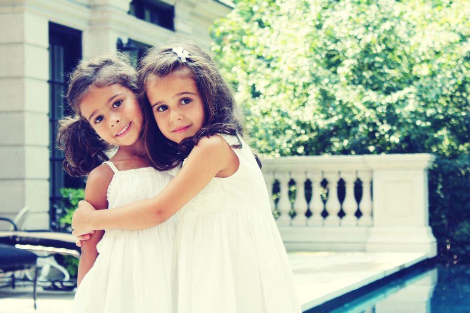 Beautiful stock photos of kinder, 8-9 Years, Bonding, Caucasian Ethnicity, Childhood