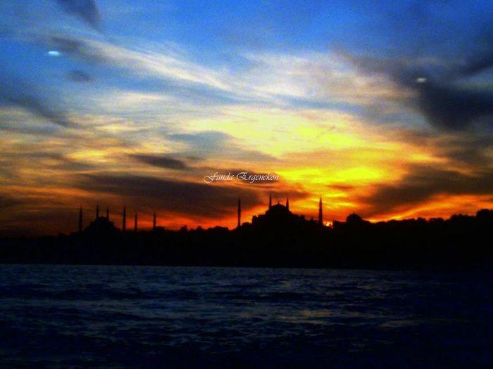 bazen boğaz alev alır.. i love istanbul.. Istanbul - Bosphorus Sunset Bosphorus Sunset
