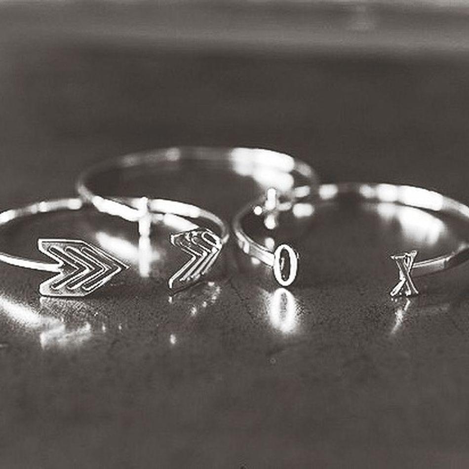 random picture Black & White Rings