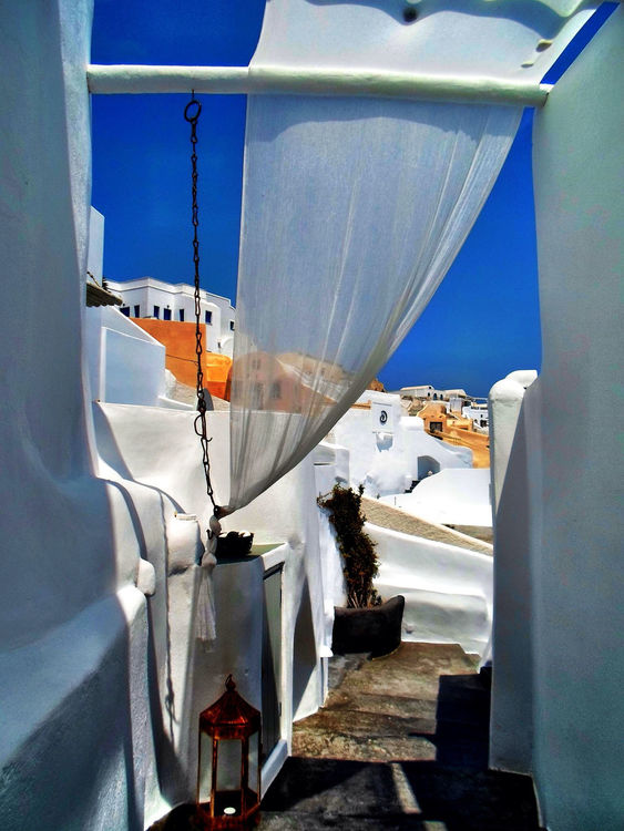 Hanging out at Oia, Santorini by Masadiso79