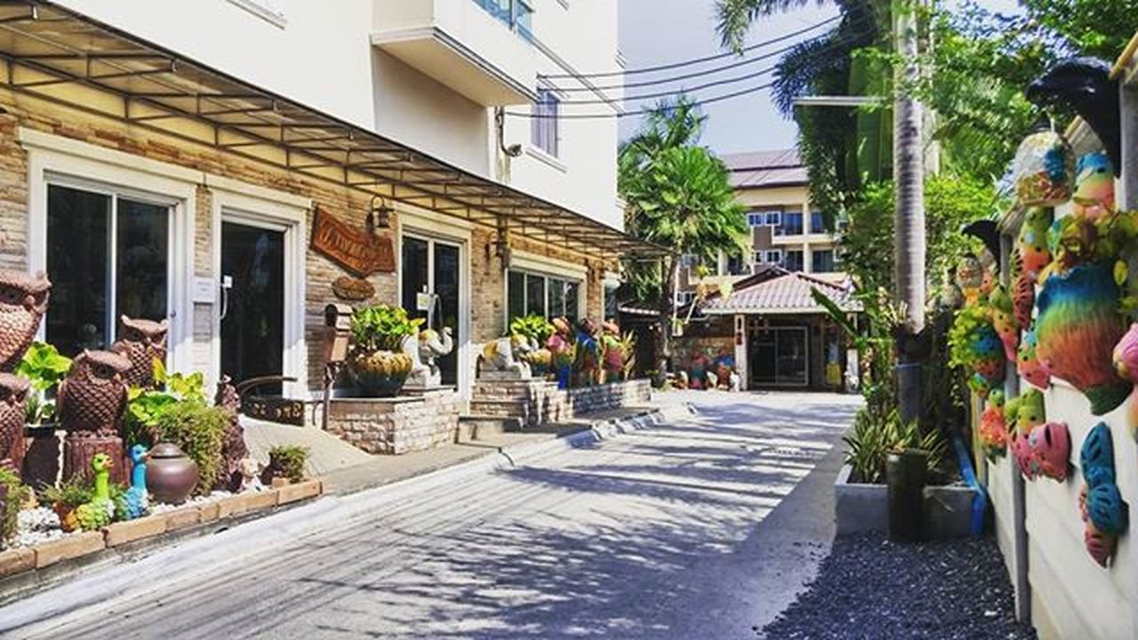 Thongta resort, Thailand Thailand Bangkok Resort Thongta Street Sidestreet Photo Streetphotography View Traveling 태국 방콕 리조트 통타 거리 골목 사진스타그램 풍경스타그램 여행스타그램