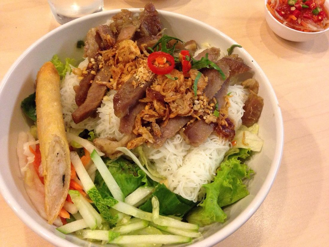 Vietnamese noodle Phe' Noodle Thin Veggy VietNam Style Foods Top View Lunch Happy Meal Ratchadapisek Rama 9 Bangkok