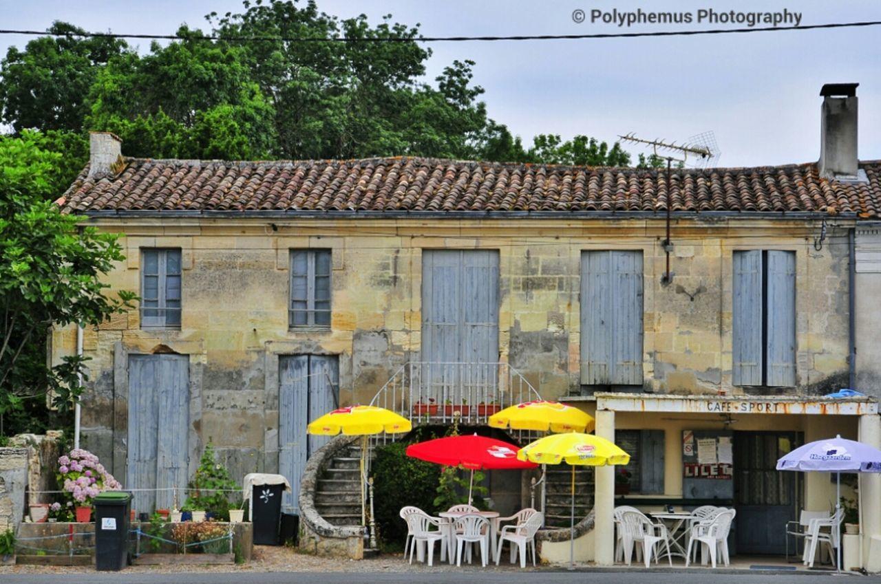 Contradictio In Terminus Café De Sport Streetphotography
