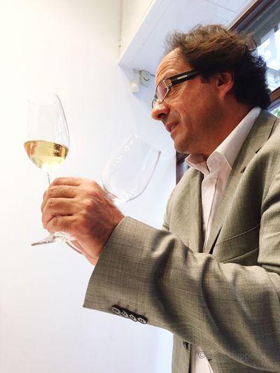 Riedel @euroseleccio Euroseleccio Wine Glasses Glass Instawine LluisGras Wine Tasting EnergySupportBcn Catadevino Wineglass Vilaviniteca #RIEDEL @vilaviniteca El arte del cristal #LluisGras , 11 generaciones lo avalan #glasscompany @martagmorea @interprofitcom #VivelaRiedelExperience Euroselecció, importadora en exclusiva de copas Riedel en nuestro país, nos ha invitado a conocer el universo de las mejores copas del mundo. Cómo planificar una cata o un banquete con la copa adecuada para cada tipo de vino.