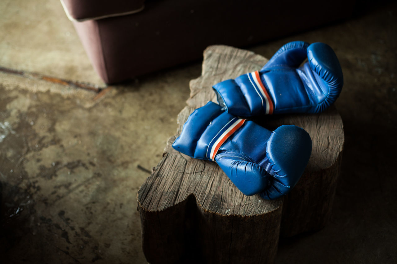 Beautiful stock photos of boxing, Blue, Boxing, Boxing Glove, High Angle View