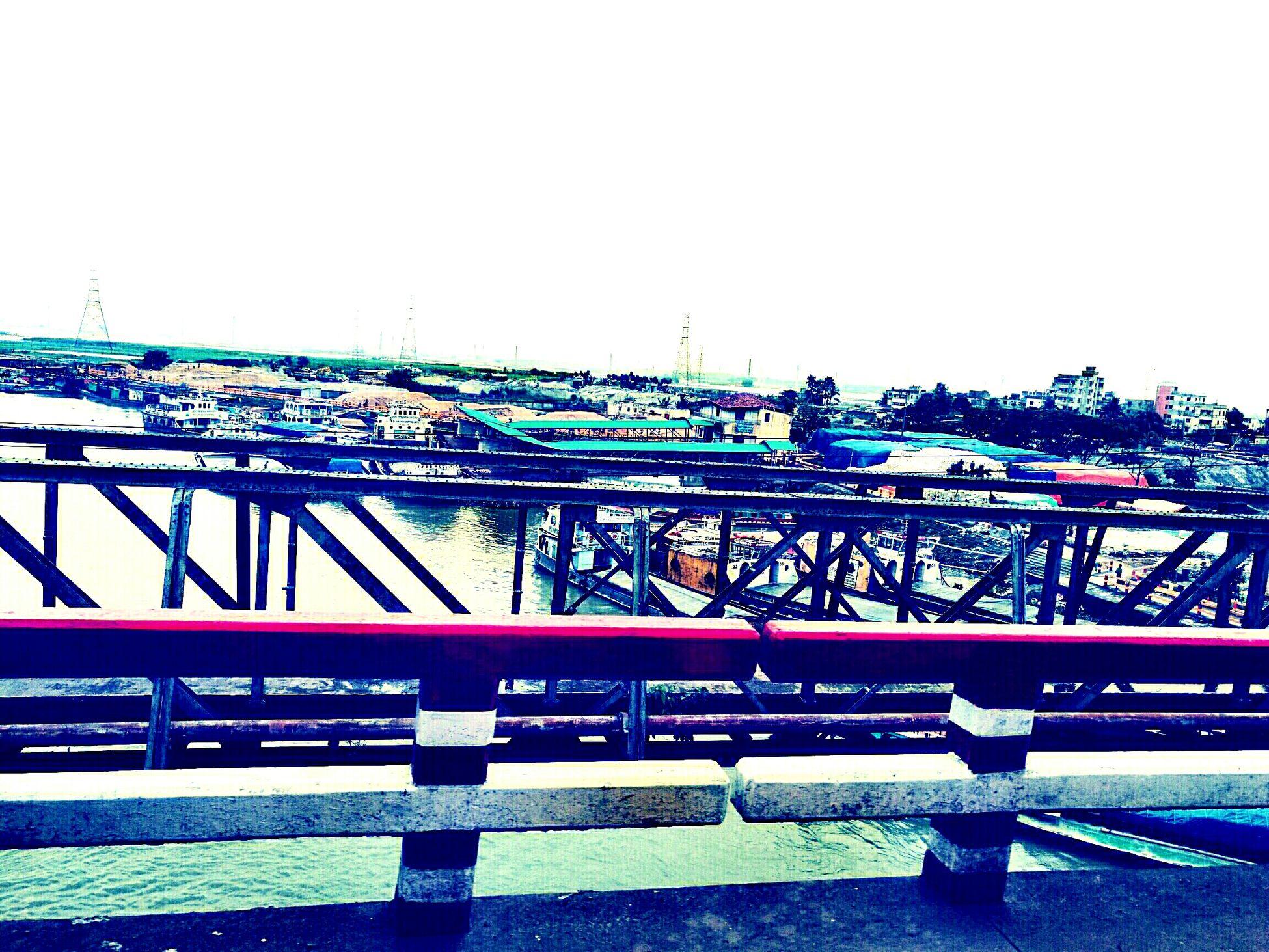 43 Golden Moments the old school Street Cellphone Photography Memories No DSLR Man Streetphotography Riverside River Riverwalk Huawei Mate 8