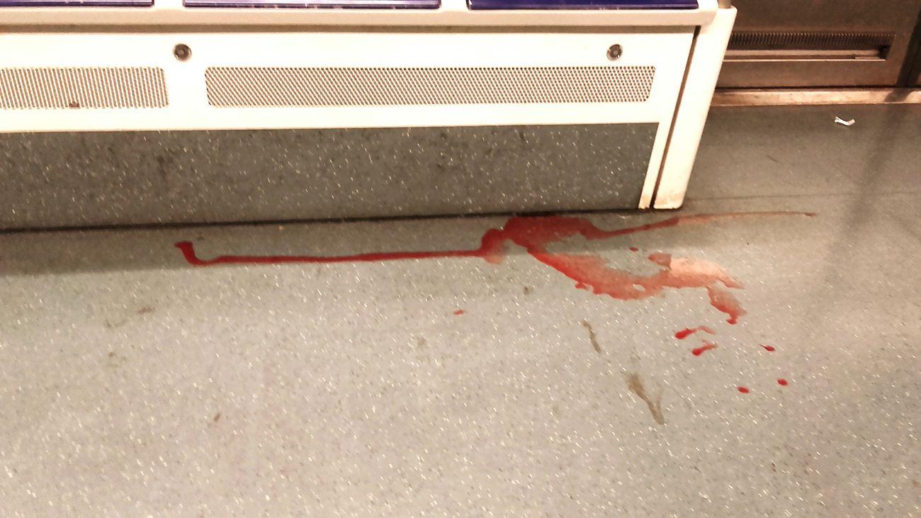 Sabado en barcelona Cuchillas sangre Saturday Desagree live